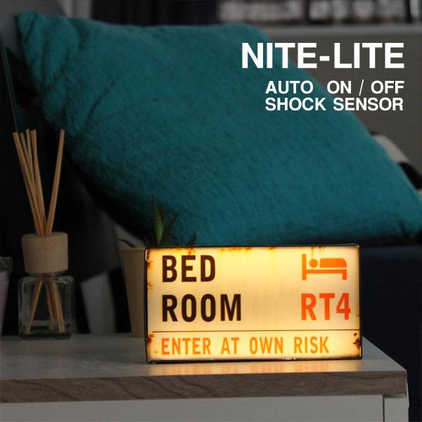 【ポイント10倍】LED NITE-LITE London センサーライト【インテリアライト ストリートサイン ナイトライト】