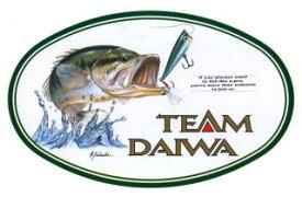 TEAM DAIWA(チーム ダイワ)楕円ステッカー【フィッシング ルアー イラスト 釣り ブラックバス】