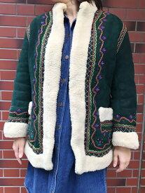 レディース VINTAGE EMBROIDERED MOUTON COAT/ムートン 刺繍 ジャケット コート グリーン 深緑【サイズ: M位】【中古】【US古着】【70s ボヘミアン】【レディース】【古着屋mellow楽天市場店】