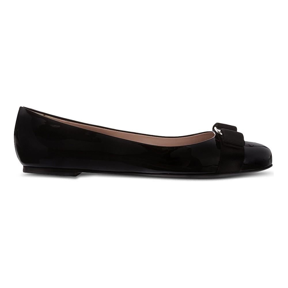 サルヴァトーレ フェラガモ salvatore ferragamo レディース シューズ・靴 フラット【varina patent-leather ballet flats】Black