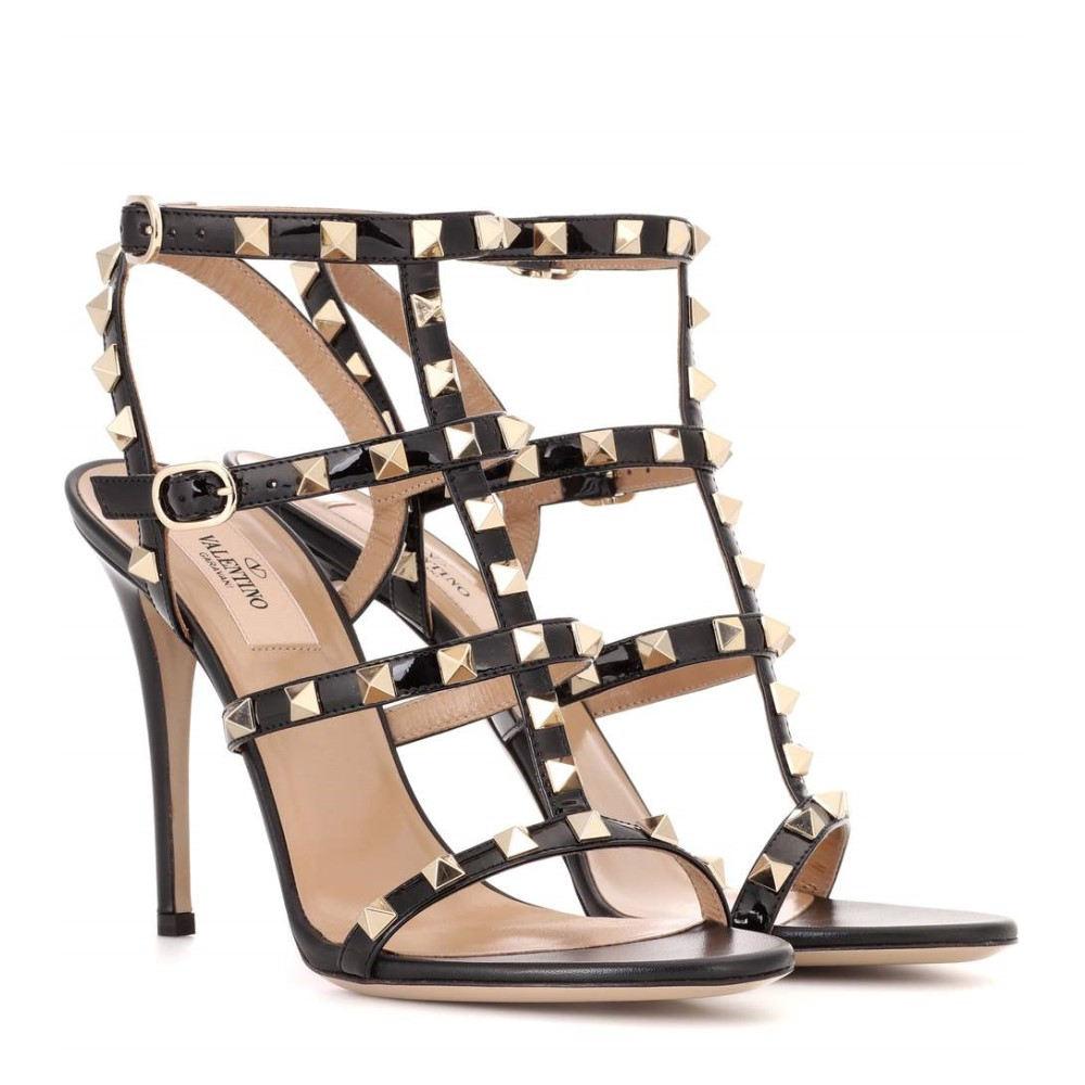 ヴァレンティノ レディース シューズ・靴 サンダル・ミュール【Valentino Garavani Rockstud patent leather sandals】Black