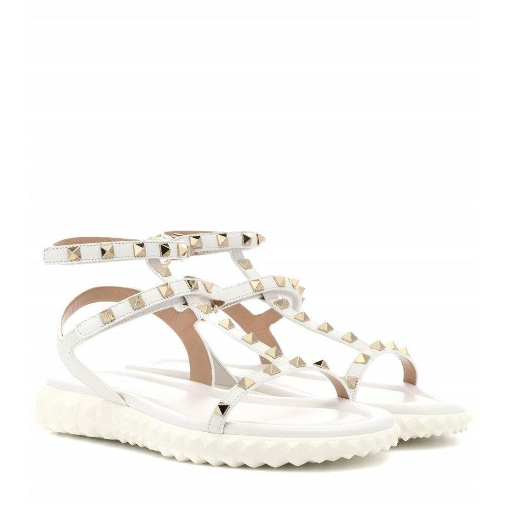 ヴァレンティノ レディース シューズ・靴 サンダル・ミュール【Valentino Garavani Free Rockstud leather sandals】White