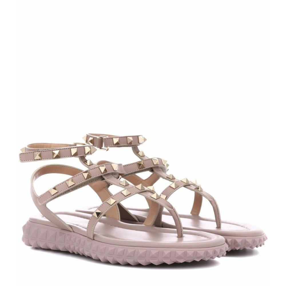 ヴァレンティノ レディース シューズ・靴 サンダル・ミュール【Valentino Garavani Free Rockstud leather sandals】Poudre