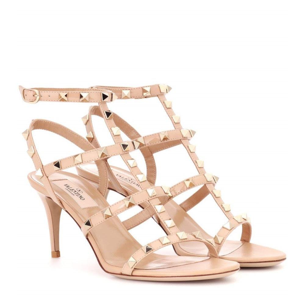 ヴァレンティノ Valentino レディース シューズ・靴 サンダル【Valentino Garavani Rockstud patent leather sandals】