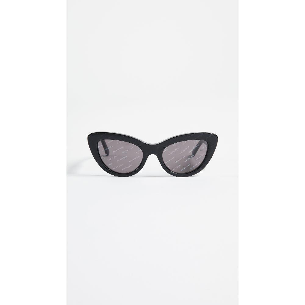 バレンシアガ Balenciaga レディース メガネ・サングラス【Bold Cat Eye Logo Sunglasses】Black/Smoke