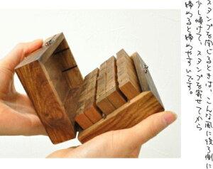 【着後レビューで送料無料】英字数字楷書体英数字スタンプセット木製木箱入りアンティークイニシャルアルファベット飾りイニシャル&数字スタンプ70個