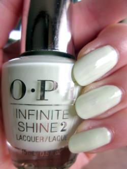 OPI(オーピーアイ)INFINITE SHINE(インフィニット シャイン) IS L39 S‐ageless Beauty(セイジレス ビューティ) opi マニキュア ネイルカラー ネイルポリッシュ セルフネイル 速乾 グリーン 緑色 セージグリーン パール sale