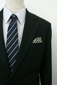 ◆【K-11】ポケットチーフ 挿すだけ 台紙 フィックスポン パッフド1 【ベージュベース】【アート柄】 スーツにin!簡単型崩れ防止!ホルダー(チーフフォルダー)とチーフが一体に!fixpon 冠婚 送別 卒業式 入学式 入社式 結婚式