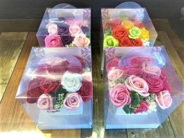 【あす楽】【クーポン】石鹸で出来たシャボンフラワーボックス 送料無料 石鹸 フラワーギフトローズPOT 石鹸フラワー 枯れない花 造花 かわいい 人気 オススメ ソープフラワー