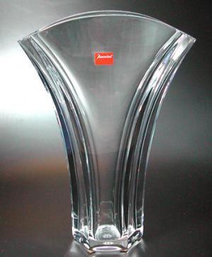 バカラ グラス 名入れ バカラ 花瓶  ギンコベース (花瓶) 18cm 1-792-567【結婚祝】【出産祝】【退職祝】【引越祝】【還暦祝】【記念品】