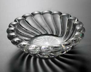 バカラ グラス 名入れ ヴォリュート灰皿8cm 1712-520【結婚祝】【出産祝】【退職祝】【引越祝】【還暦祝】【記念品】