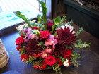 ダリアとバラの真っ赤なアレンジメント,薔薇,バラ,ダリア,赤,大人っぽい,生花,アレンジメント,プレゼント,ギフト,贈り物,新宿,四谷,花屋,シャムロック,楽天市場
