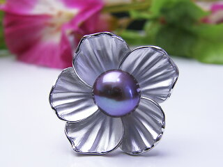 真珠ブローチ送料無料有核淡水ブローチパールジュエリー入学式真珠婚30年おすすめ品淡水真珠あこや真珠プレゼント冠婚葬祭人気誕生日