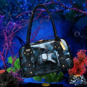 人魚姫のご褒美。しゅわしゅわ弾ける、「深海のベリー」のB5ボストンバッグ Magnanimo Pacco Mermaid Berry(マグナニモパッコ マーメイドベリー) FRUTTI DI BOSCO フルッティディボスコ 本革 エナメル
