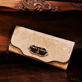 ヌードカラーなら大胆に。エナメルを削り出して描いた繊細なレース柄の長財布 Sera merlette(セーラ メルレット)フルッティディボスコ 財布 レディース 長財布 アートレザー 派手 エナメル 個性的 可愛い レース ピンク