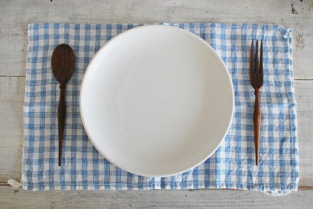 在庫限り 人気プレート 白マット24センチプレート ディナープレート メインディッシュ ワンプレート 白い食器 美濃焼【在庫SALE人気プレート お家カフェ 】