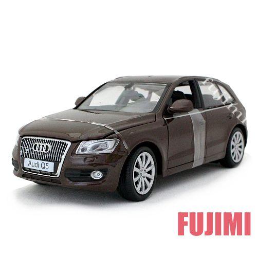 Audi Q5 brm 1/24 MOTOR MAX 3612円【 アウディ モーターマックス ドイツ車 SUV ミニカー Dセグメント クロスオーバー ダイキャストカー アウディー クアトロ フルタイム四輪駆動 4WD 】【コンビニ受取対応商品】