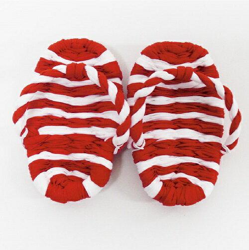 初めて誕生日を迎える赤ちゃんの初誕生祝の時に使用するおめでたい紅白のわらじです。このわらじを履いて一生餅を背負わせます。『初誕生 紅白 わらじ』
