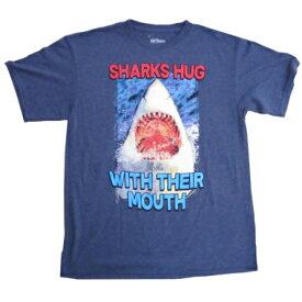 Tシャツ メンズ105T-YouthXL SHARKS HUG サメTシャツ / US youthXL(メンズS〜M)メンズ半袖Tシャツ メンズ夏Tシャツ アメカジTシャツ カジュアルTシャツ tシャツ レディース 半袖 アメリカ輸入Tシャツ tシャツワンピtシャツ メンズ ブランド tシャツ 半袖