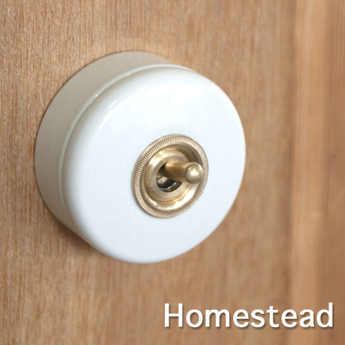 【Homestead】3路 陶器スイッチ アンティーク式 レトロ・アンティーク・スタイル スイッチ・照明器具 。