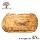 お得なクーポン配布中 ジェネラルオリーブウッド カッティングボード 木製 オリーブ おしゃれ オリーブの木 まな板 一枚板 溝付き 50cm…
