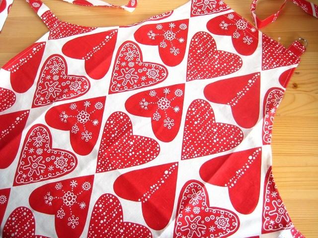クリッパン Klippan/ハートレッド Heart Red/エプロン 【北欧雑貨】【キッチン雑貨】【ビンテージ食器】【エプロン】