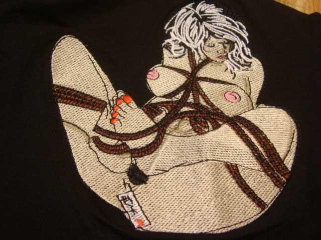 【R16自主規制】和柄 刺繍 いい女 (長袖Tシャツ) 【綿 黒 通販 メンズ レディース ハーレー バイカー 和柄 ロック T ロカビリー プレゼント 誕生日 定番 丸首】