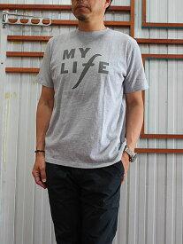 SUNNYSPORTS サニースポーツ【SALE】PRINTED TEE プリントTシャツ ソフトな肌触り感 着心地良好グレー ホワイト Grey White 日本製