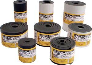 [樹脂素材](株)イノアックコーポレーション イノアック マイクロセルウレタンPORON 黒 10×30mm×7M巻(テープ付 L24T-1030-7M 1巻【818-4108】