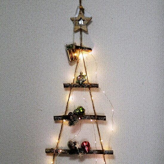 クリスマス ウッド&LEDラダー LEDライトガーランド ナチュラル 高さ1m ガラスオーナメント&使用電池のオマケ付き