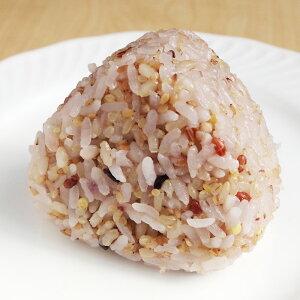 野球部のおにぎり マヨたまご 130g 玄米 と 雑穀 が3割入った手作りのおむすびです
