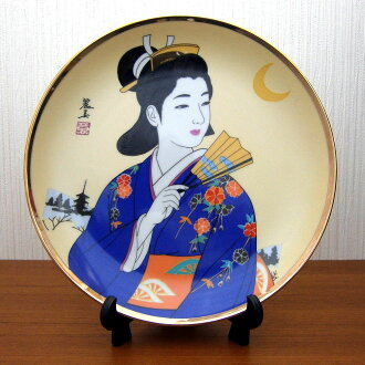 picture-painted dish Japan beautiful woman kimono folding fan
