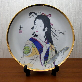 picture-painted dish Japan beautiful woman kimono writing brush