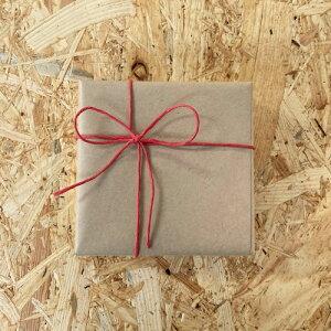 《ギフトラッピング》クラフト紙+赤色リボン