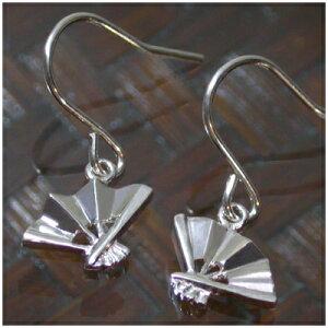 小さな扇子シルバ−ピアス 2P 両耳用 レディース ピアス 銀の蔵ピアス 女性用 レディースピアス 女性用ピアス プレゼント 人気 かわいい おしゃれ