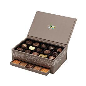 ホワイトデー White Day プレゼント ギフト お返し お祝い チョコレート スイーツ ゴディバ (GODIVA) 95周年 アニバーサリー グランプラス (30粒)