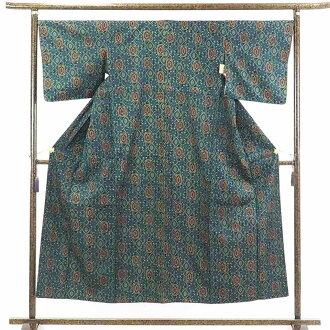 It is 30cm in width length of a kimono sleeve 45cm after recycling kimono pongee / pure silk fabrics bluish ground lined kimono pongee kimono / Lady's dress length 151cm 裄 68cm width of body section front 26cm