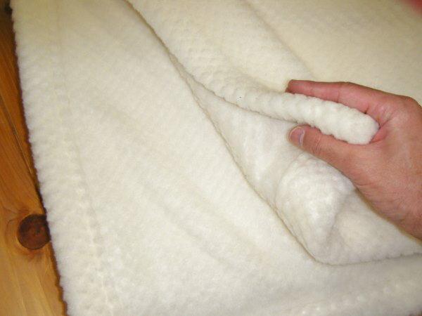 最高品質のメリノウールを使用最高級メリノウールウール毛布シングルサイズ日本製の最高級の純毛毛布ですウール毛布 純毛毛布 羊毛毛布 最高級毛布  もうふ  モウフ 毛布 シングル 日本製 毛布日本製