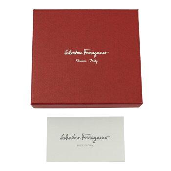 【新品】【FERRAGAMO】フェラガモコインケース小銭入れヴァラ・リボン型押しレザーベージュ系22C770NEWBISQUE