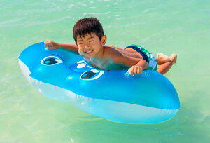 リアルな海の人気者フロート マンタフロート 浮き輪 浮輪 うきわ ウキワ プールや海水浴に グリップ付き イベントのディスプレイにも 120×120cm おもちゃ