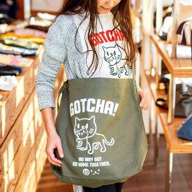 【 送料無料 】 猫 ねこ おもしろ かわいい ショルダーバッグ GOTCHA ( オリーブ ) | ネコ 猫柄 猫雑貨 猫グッズ | キャンバス トートバッグ サコッシュ バッグ | メンズ レディース おしゃれ プレゼント 【メール便】 SCOPY / スコーピー