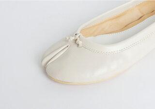 パンプス足袋フラットシューズバレエシューズレディース先割れタビtabiたびブラックホワイトベージュ歩きやすい痛くない
