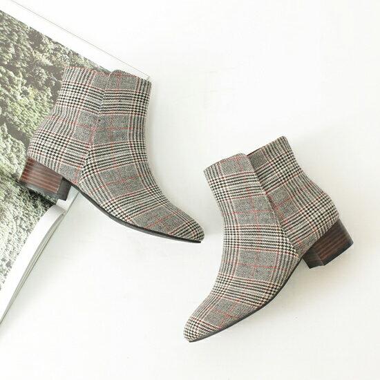ショートブーツ レディース タータンチェック ヒール 黒 ブラック ローヒール ブーティ 太ヒール 靴 婦人靴