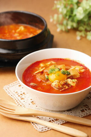 スンドゥブチゲの素(1人前/約400g)【冷凍】【簡単!豆腐を入れるだけ!】【スンドゥブチゲ】【豆腐チゲ】【でりかおんどる】