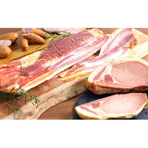 【ふるさと納税】きゃらうぇいのベーコン&ロースハム&ソーセージ詰合せ 【お肉・加工品・燻製・セット・豚肉・ポーク】