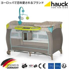 【8月30日入荷、予約】ドイツの名門ハウク・ベビーセンター<Hauck Baby Center>多機能 プレイヤード ヨーロピアン 折畳み 帰省 簡易ベッド キャリーバッグ付 オルゴール おむつ替え 体重15 kgまで レビューで延長保証12ヵ月 カラー:Mulit-Dot