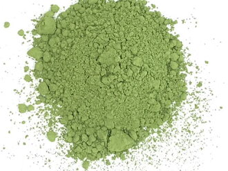 I grind it, and 1 kg of Uji Matcha is with the stone mill of store specializing in Uji tea wisteria and the tea store