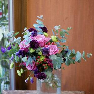 花束 フラワー 花 かわいい 誕生日 お祝 開店祝い プレゼント バラ スカビオサ ヒペリカム スプレーマム ユーカリ 紫とピンクの映える かわいらしい ブーケ 送料無料 早割 母の日