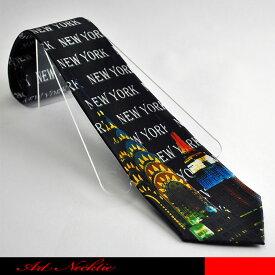 NEW YORKと連呼しているデザインネクタイです。☆アメリカネクタイ/摩天楼/クライスラービル/エンパイヤーステートビル/アートネクタイ/