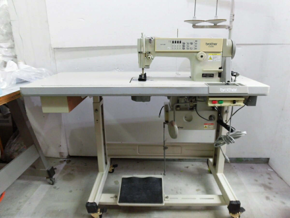 【中古】 ブラザー BROTHER 1本針自動糸切ミシン ブラザー モデルNO−DB2-B737-313型 100V